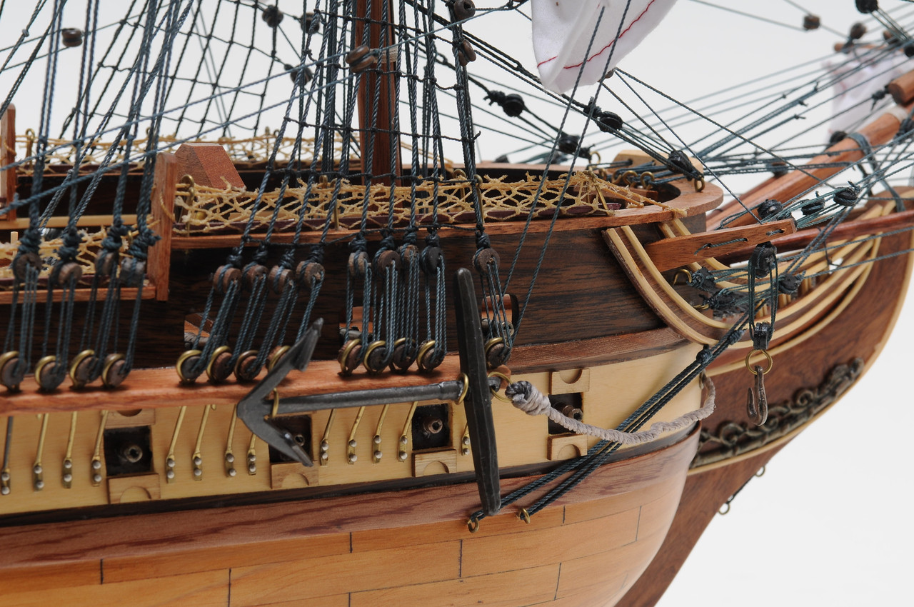 """USS Constitution Model Ship - 32"""" Exclusive Edition"""