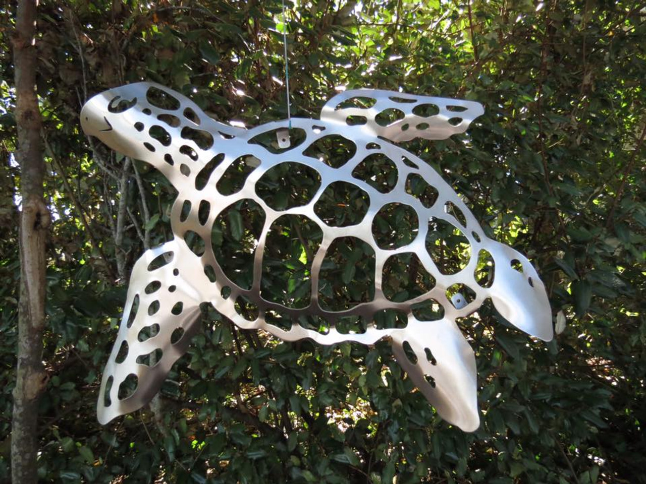 Sea Turtle Stainless Steel Wall Decor - Lifestyle