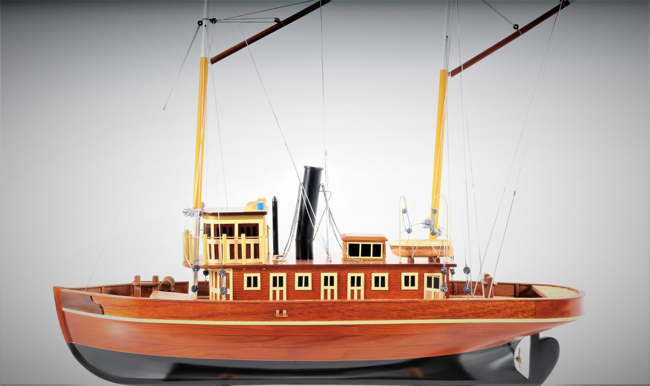Seguin Tug Boat with Optional Personalized Plaque