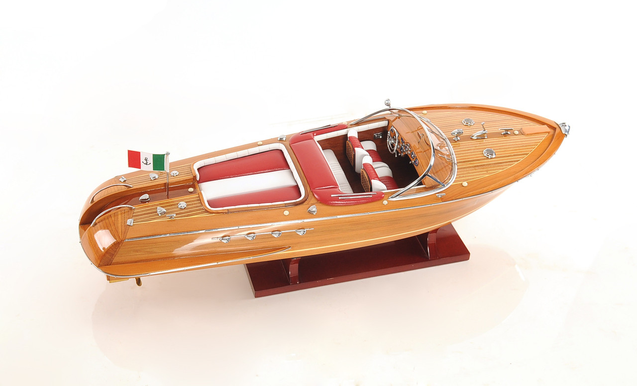 Aquarama Mid Size with Optional Personalized Plaque
