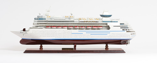 "Majesty of the Seas Model - 31"""