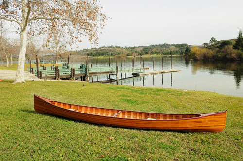 Wooden Canoe with Ribs - 18' (K013)