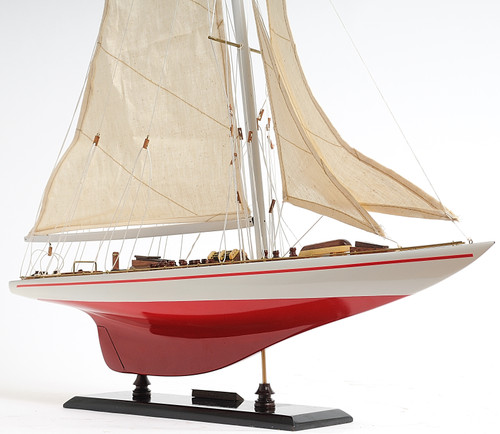 "Endeavour Painted Model Yacht 24""  with Optional Personalized Plaque"