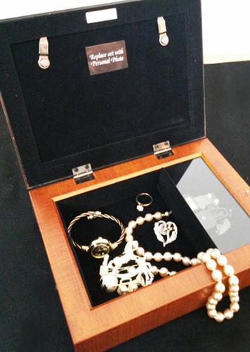 Blossom Keepsake & In Loving Memory Memorial Music Box inside