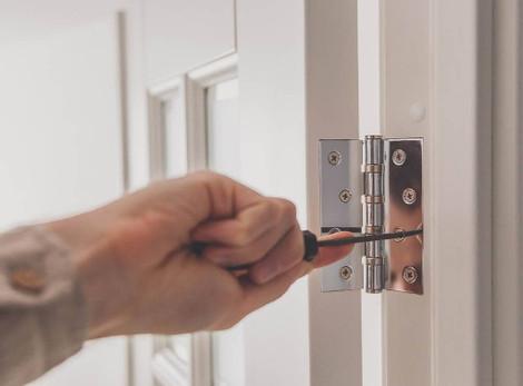 Replacing Your Door Hinges