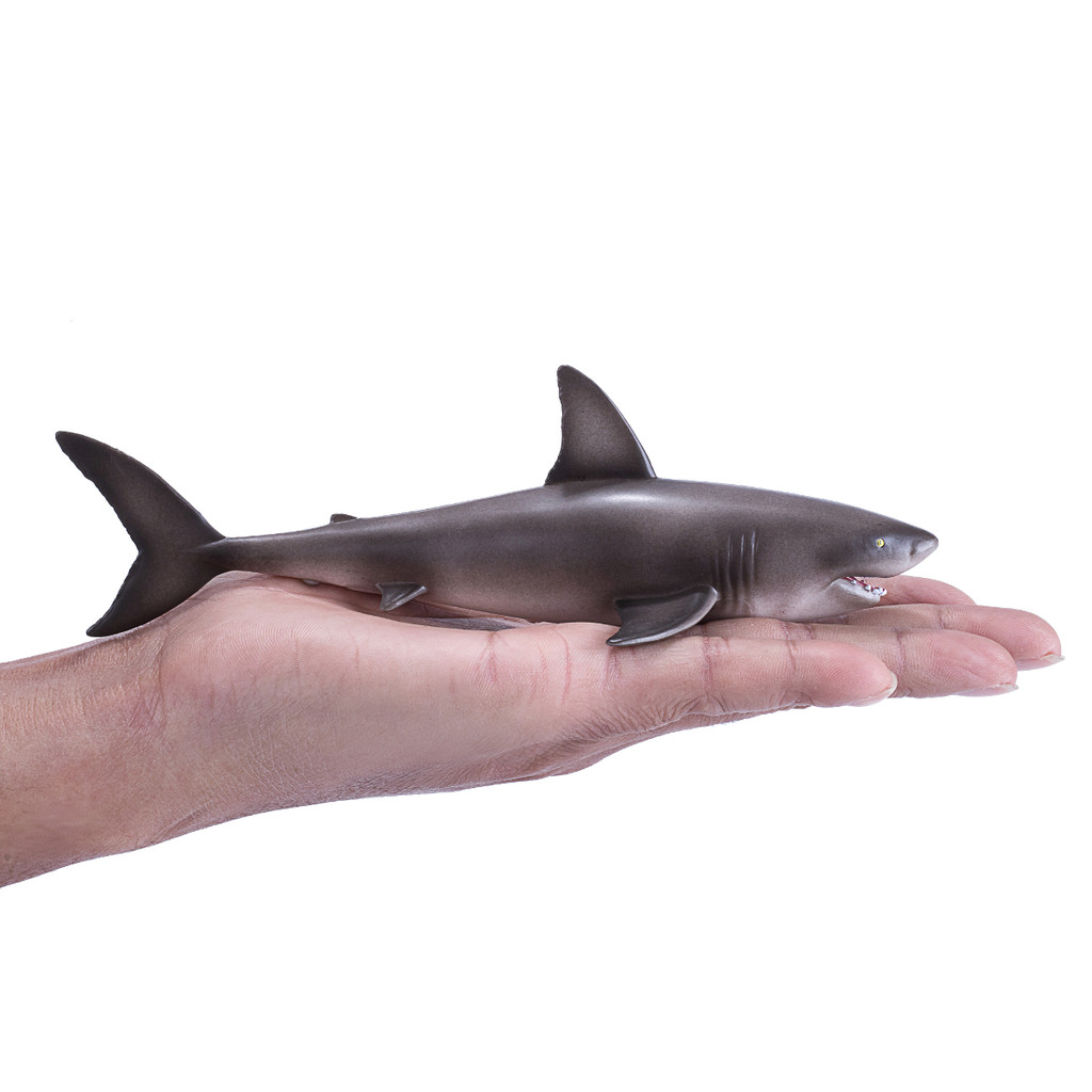 Mojo Great White Shark size in hand
