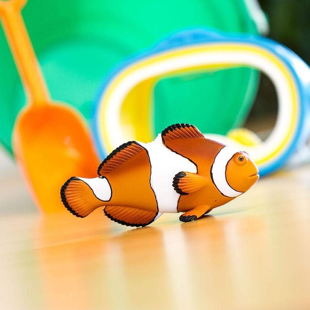 Safari Ltd Clown Anenomefish Incredible Creatures lifestyle