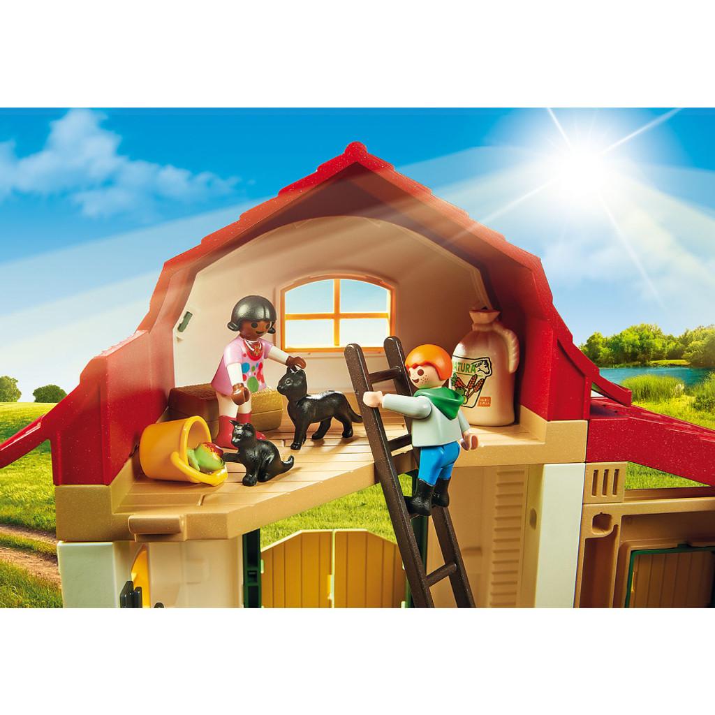 Playmobil Pony Farm lifestyle 3