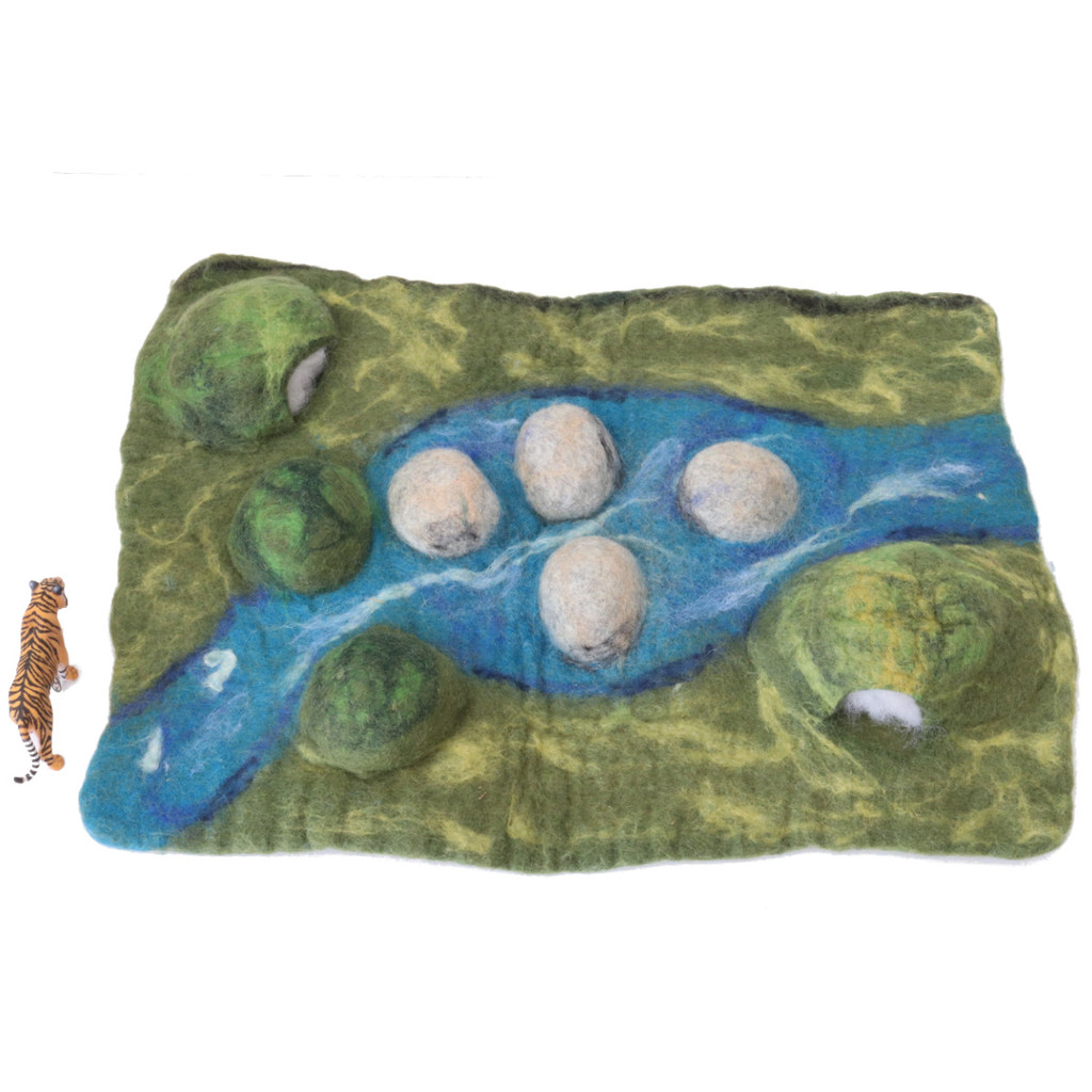Papoose Landscape Caves Mat with Schleich Tiger (sold separately)