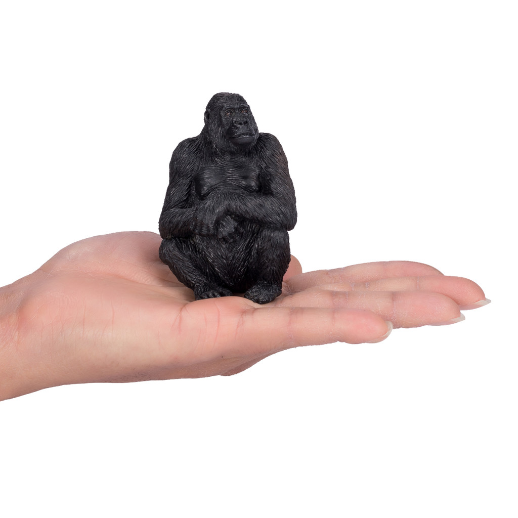 Mojo Gorilla Female size reference in hand