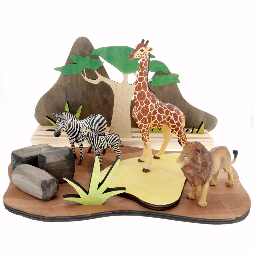 Let Them Play African Savannah Set with african animals (sold separately)