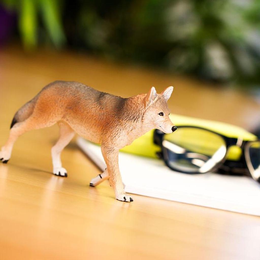 Safari Ltd Coyote Jumbo