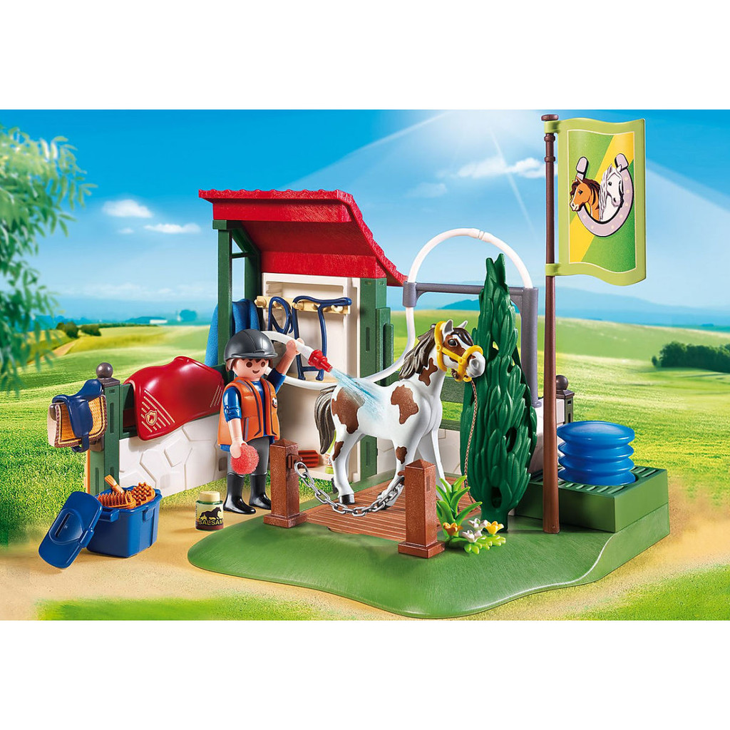 Playmobil Horse Grooming Station lifestyle
