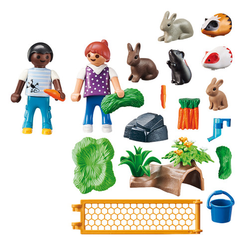 Playmobil Farm Animal Enclosure inclusions