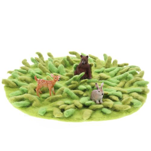Papoose Grassy Mat with animals (sold separately)