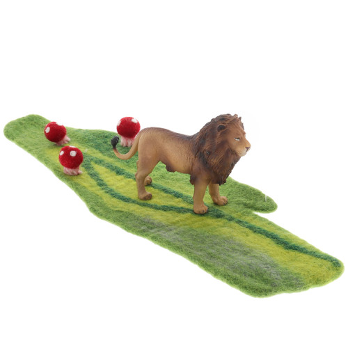 Papoose Mossy Mat with CollectA Lion (sold separately)