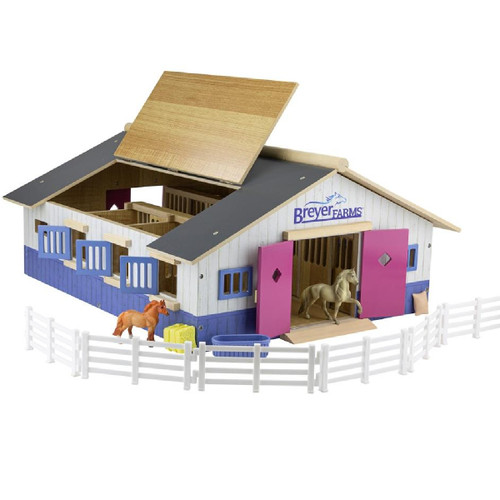 Breyer Stablemates Farm Deluxe Stable Playset