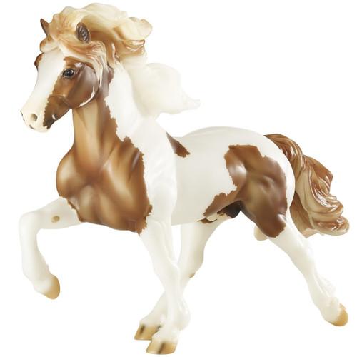 Breyer Traditional Sporour fra Bergi - Icelandic Stallion
