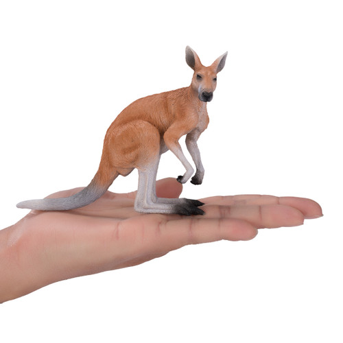 Mojo Kangaroo Male size reference in hand