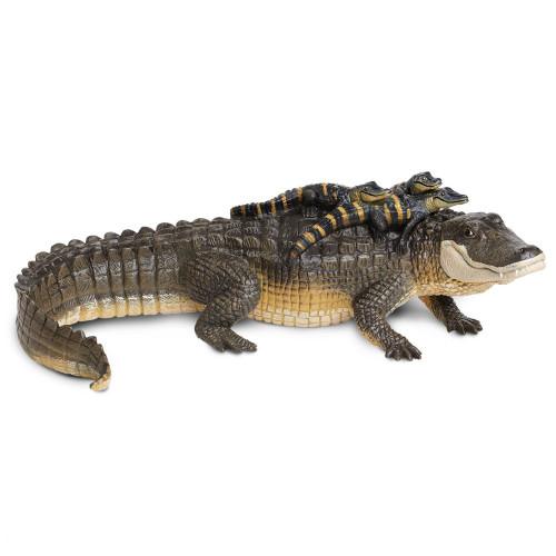 Safari Ltd Alligator with Babies IC
