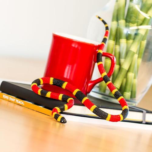 Safari Ltd Coral Snake Baby IC
