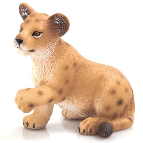 Mojo Lion Cub Playing