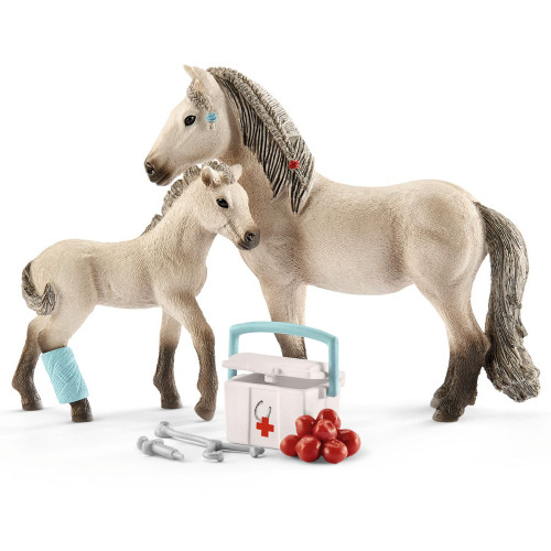 Schleich Hannah's First-Aid Kit