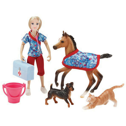 Breyer Day At The Vet figures