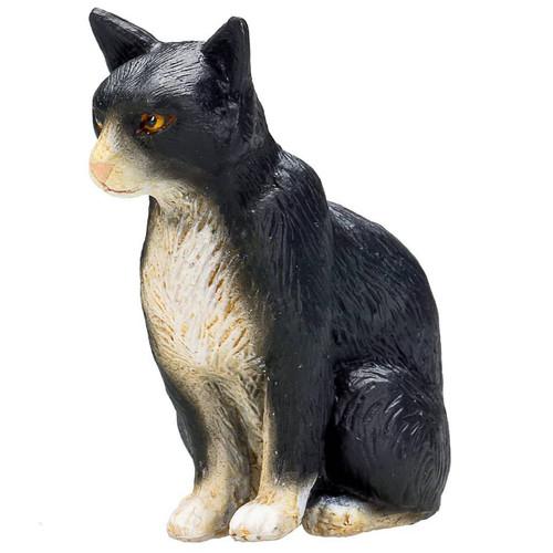Mojo Cat Sitting Black and White
