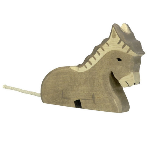 Holztiger Donkey Lying