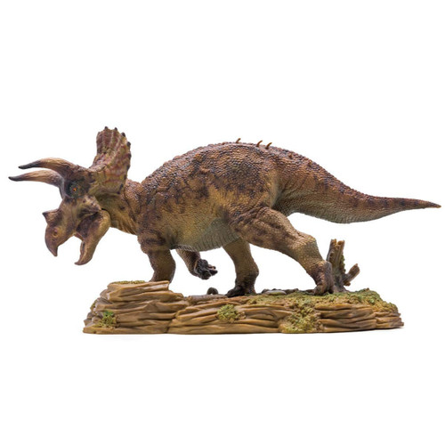 PNSO Doyle the Triceratops 1:35 Scale