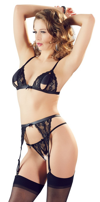 3-piece set with suspender straps