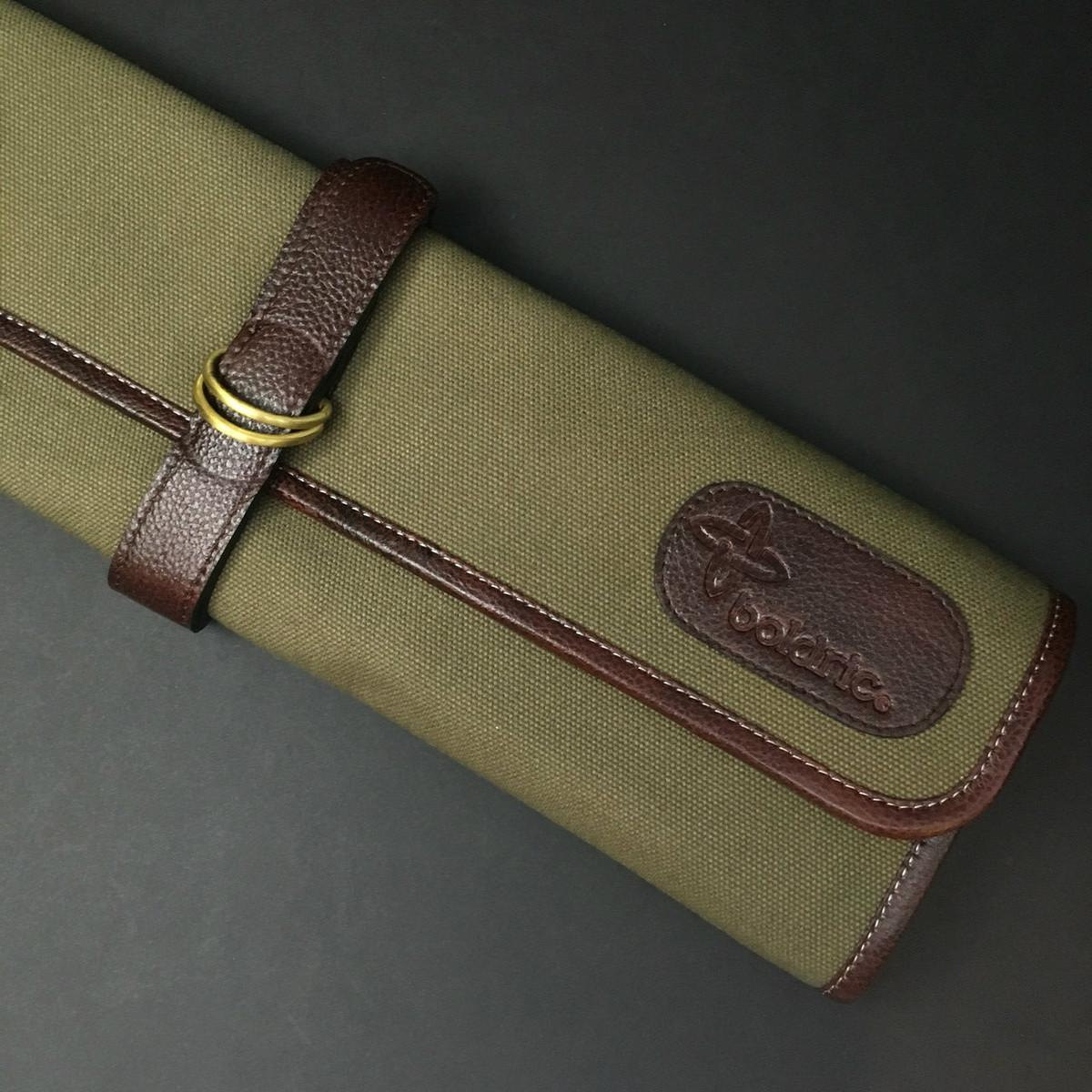 Boldric   7 pocket knife roll   Green