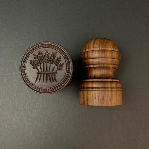 Wooden Essentials | Corzetti Stamp | Walnut