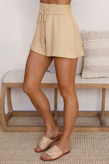 Lonely Hearts Shorts CAMEL