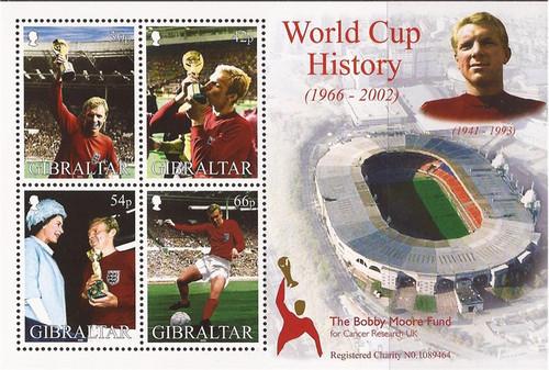 Gibraltar Wholesale - 2002 Footballer Bobby Moore - 10 Sets #908a