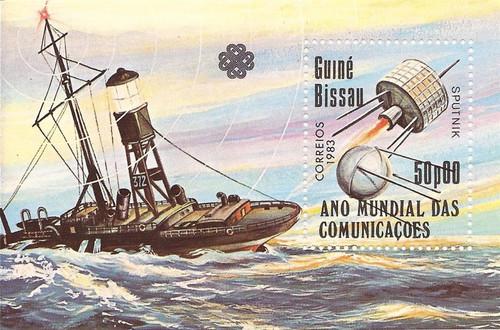 Guinea-Bissau - 1983 Satellites - Stamp Souvenir Sheet - MNH #544