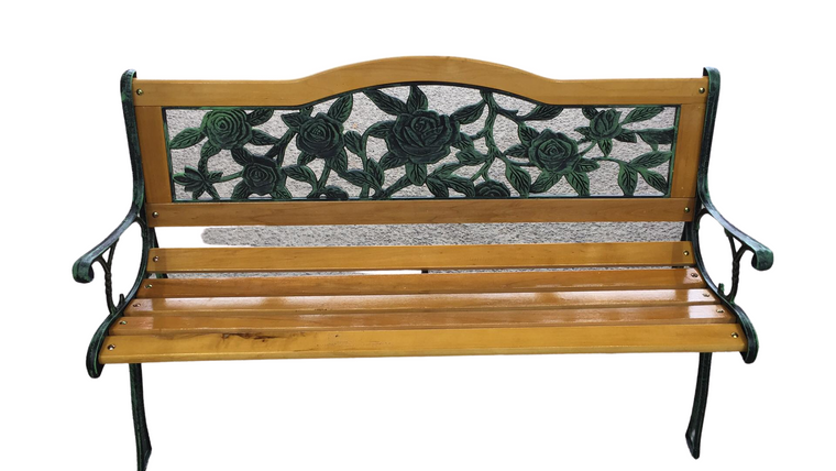 TRADITIONAL WOODEN PARK BENCH C011