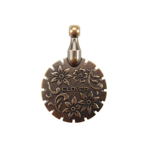 Clover Thread Cutter Pendant - Antique Gold