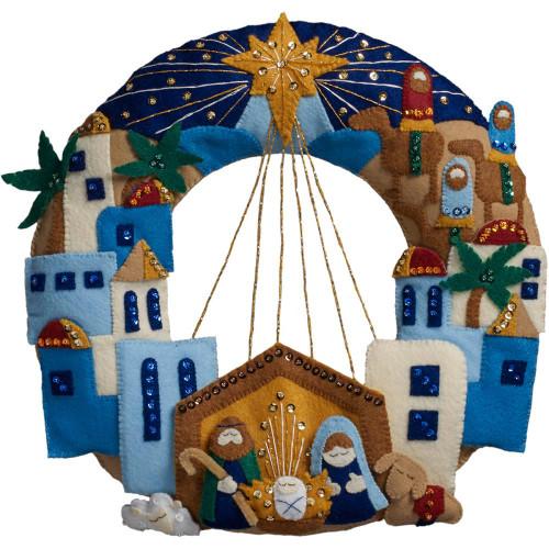 Bucilla Felt Wreath Applique Kit - Town Of Bethlehem