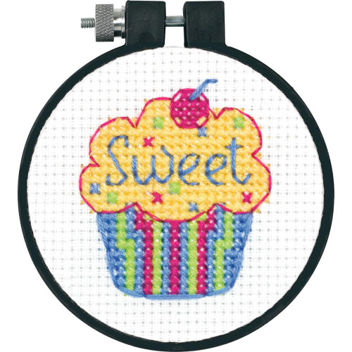 Learn-A-Craft Counted Cross Stitch Kit - Cupcake