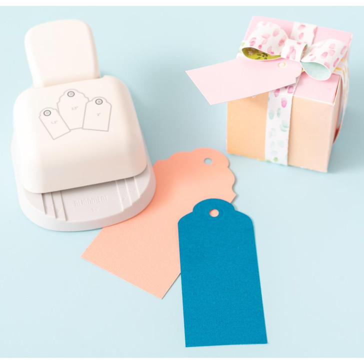 We R Memory Keepers 3-In-1 Rounded Tag Punch