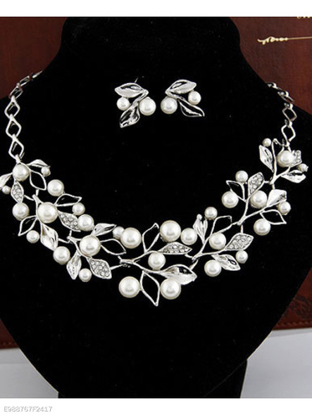 Two Colors Fashion NECKLACE AND EARRING SUIT