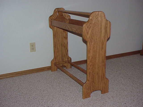 Standing Quilt Rack Honey oak stain