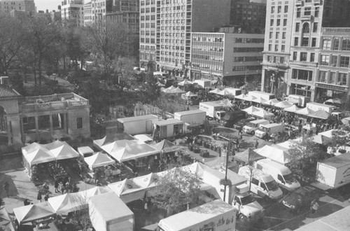 Union Square Green Market and all its delights for foodies.
