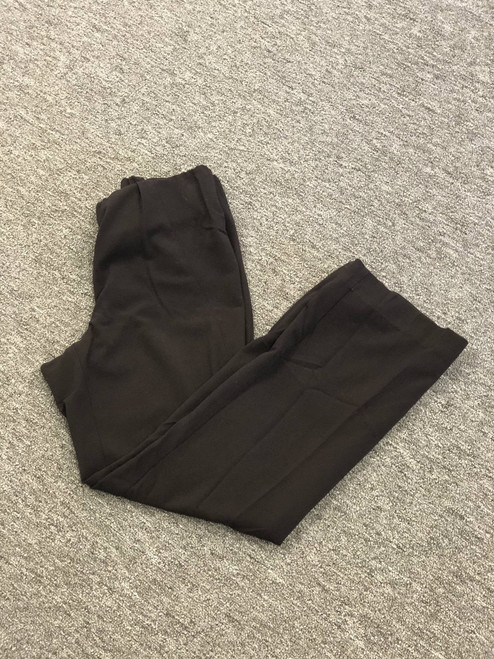 Duo maternity dress pant. Chocolate brown color. Size medium. 62% polyester 32% rayon 6% spandex. Machine washable. Pre-loved.