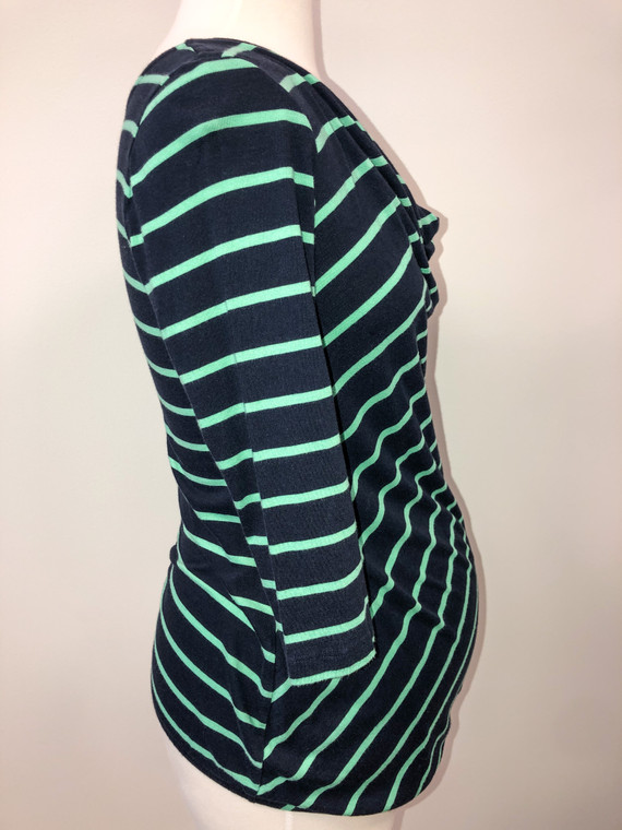 on 3/4 sleeve navy stripe xs