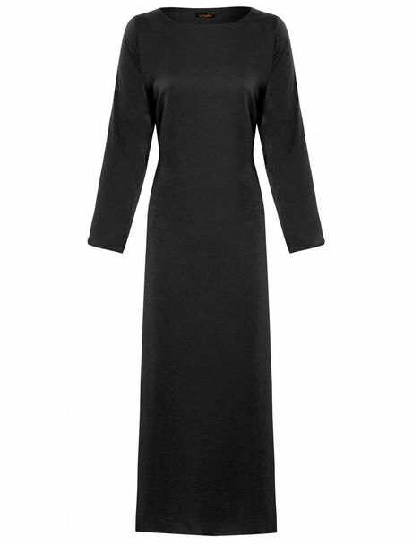 Black Sleeved Slip, Zadina