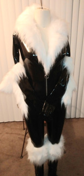 Black Cat costume preview, work in progress.  Shown with optional stockings and gloves, fur is not attached to the catsuit at this point.