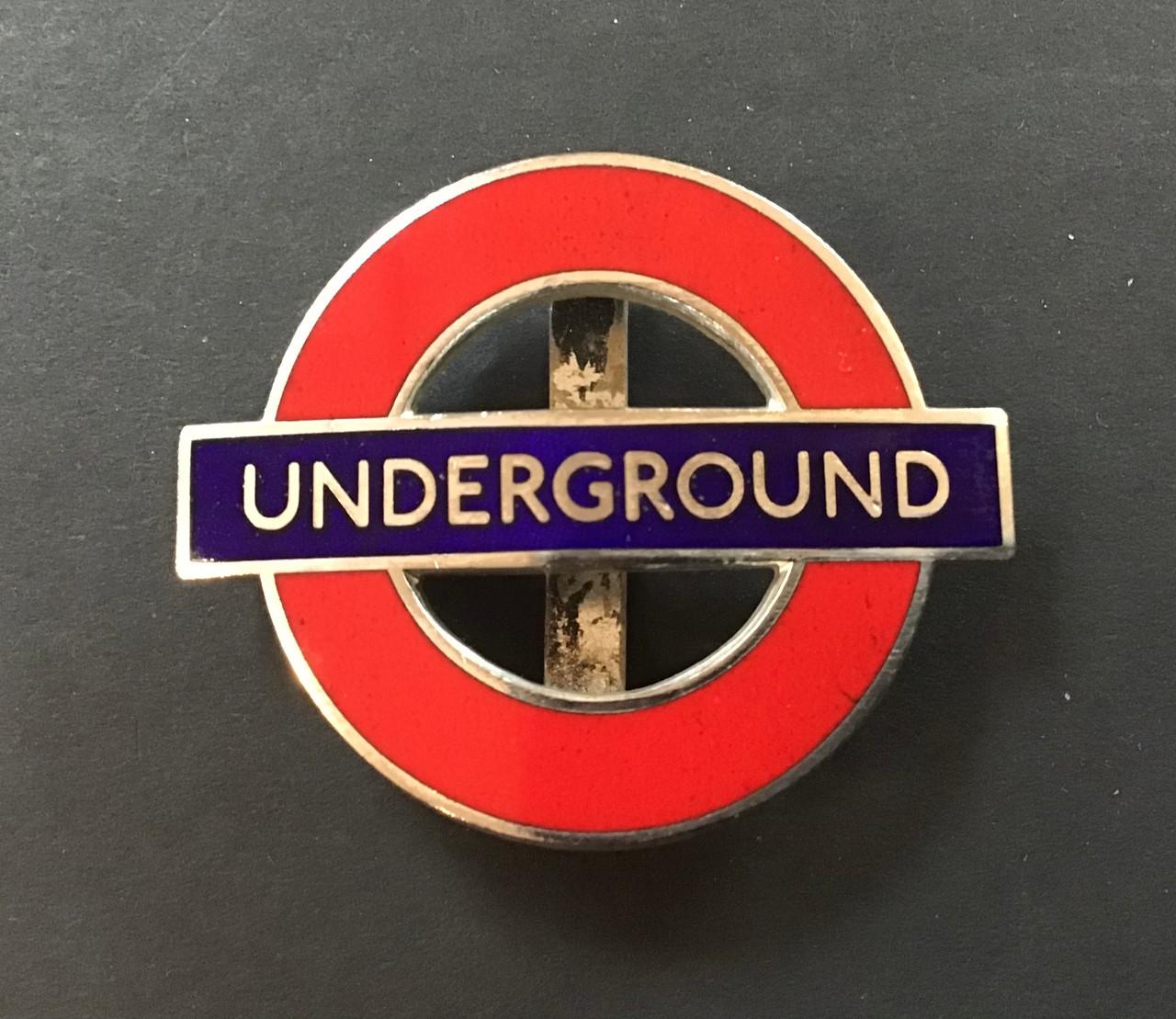 GD 831 LONDON UNDERGROUND UNIFORM CAP BADGE
